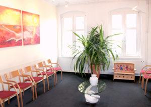 Wartezimmer der Orthopädiepraxis Dr. med. Jörg-Dieter Schlosser